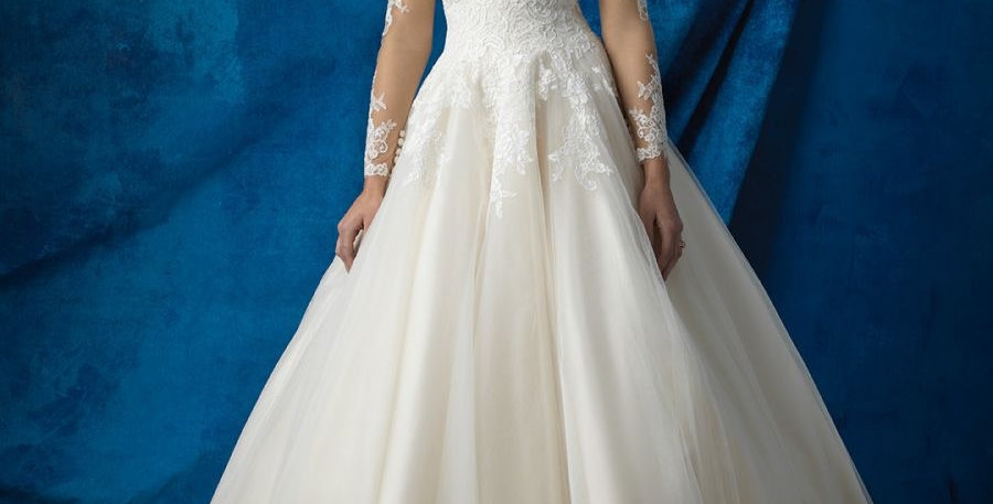 9333, Allure 9366 size 6 ivory