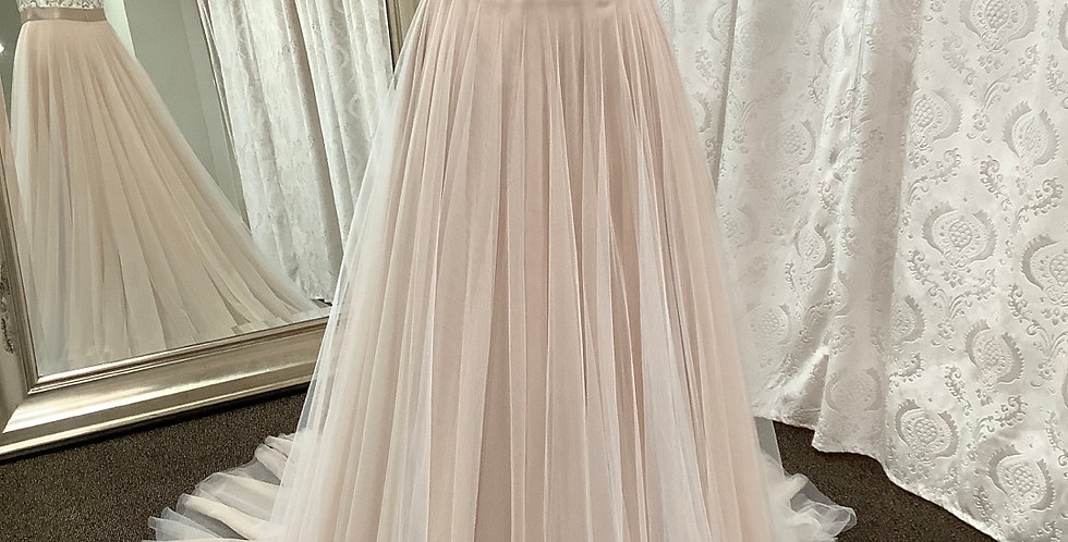 9364, Wtoo 16718T size 6, 10 ivory-rose gold