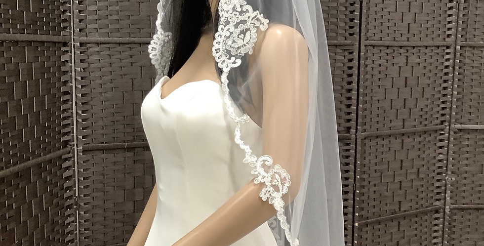 VE1st3174, 1 Layer Fingertip lace edge ivory