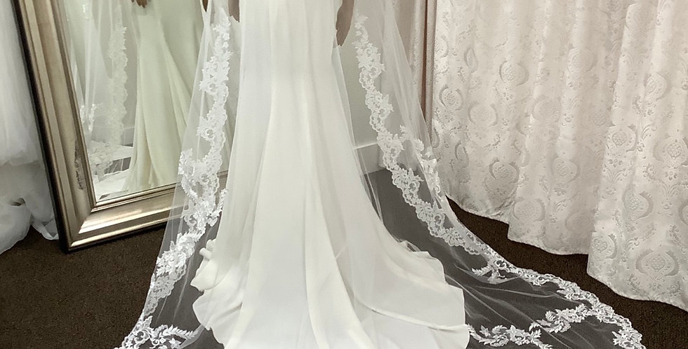 Veil, CS001 Cathedral length, Diamond White