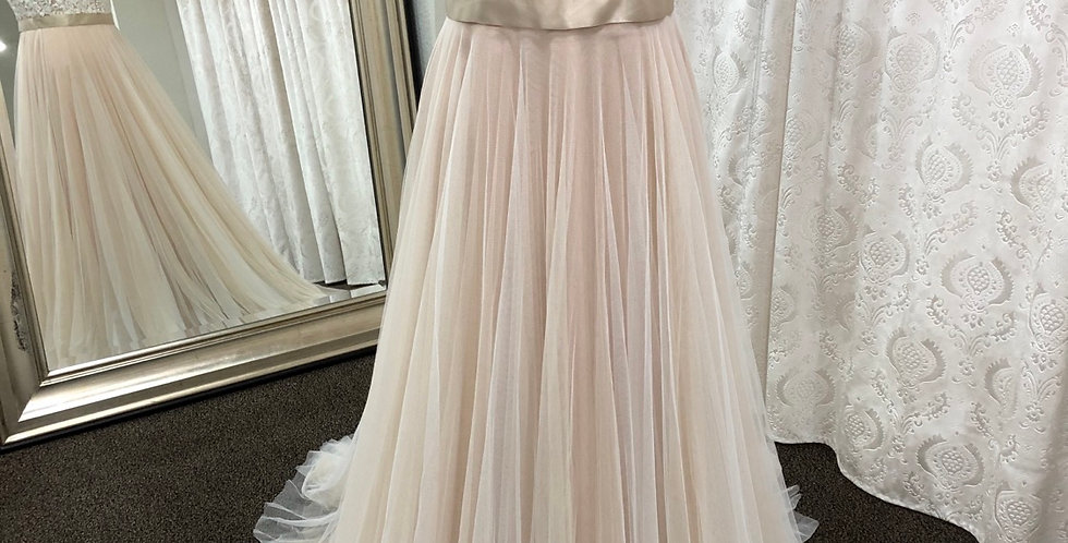 9357, Wtoo 16718 size 18 rose gold