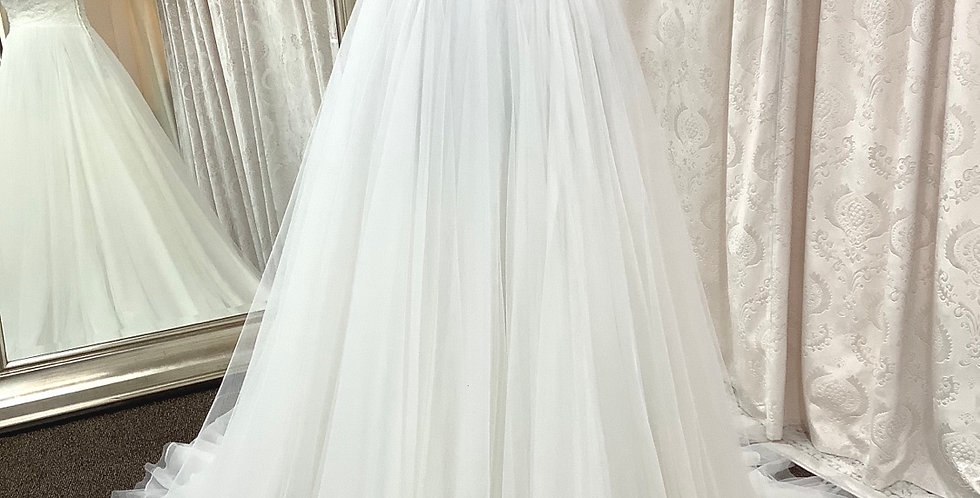0351, Allure 9324 size 10 ivory