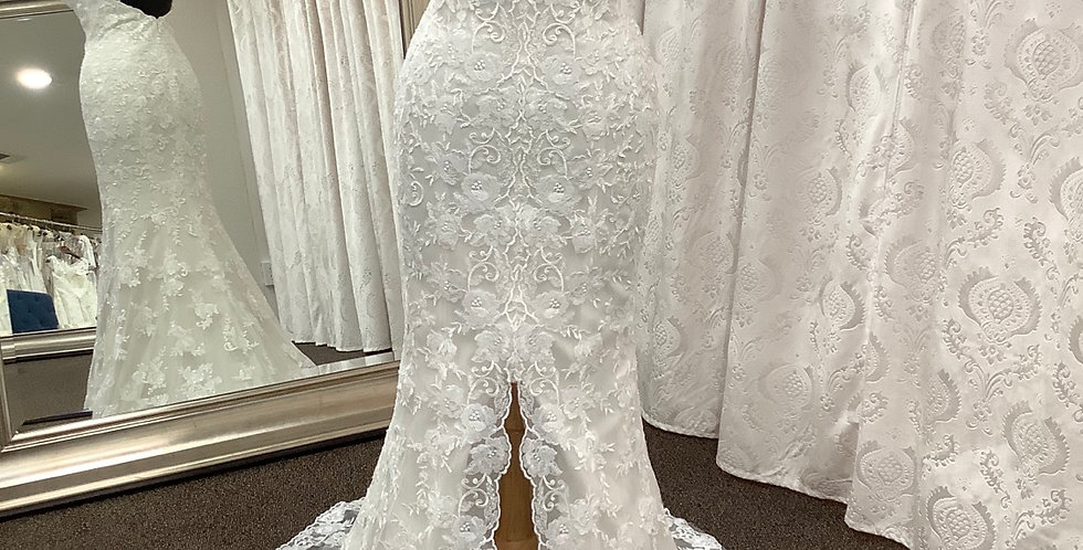 9397, Wtoo 19103 Candence size 2, 18 ivory-oyster