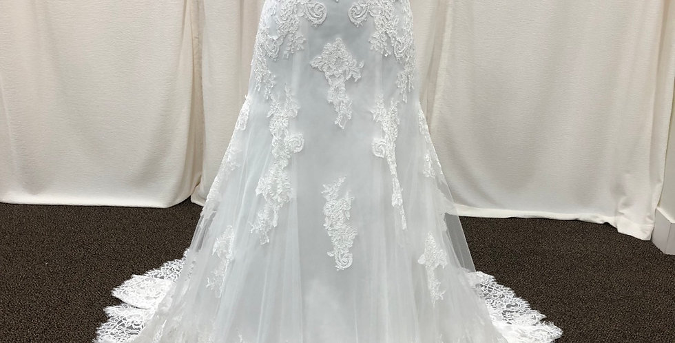 8974, Franssical 1704 size 2 ivory