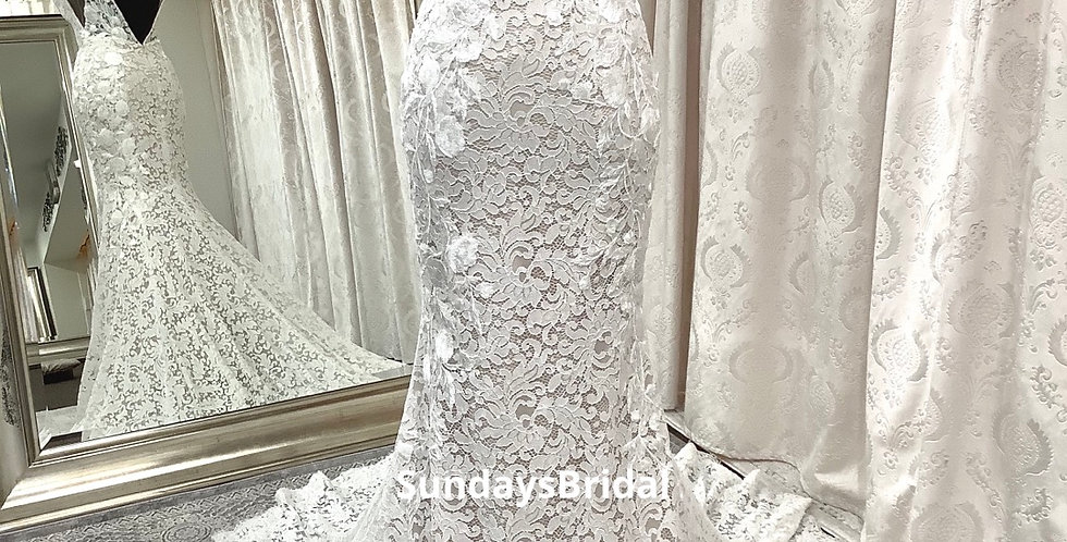 0440, Wtoo 51104 size 2, 10, 18 ivory -champagne