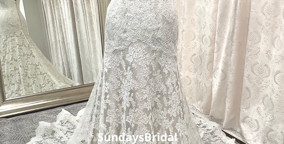 0235, Watters 9019 size 2, 6, 10 ivory-champagne