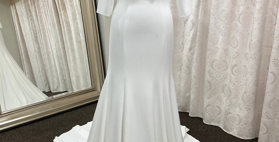 9254, Private Collection Megan, size 10 ivory