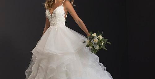 0653, Blakley Jones 35027 size 6, 10  ivory