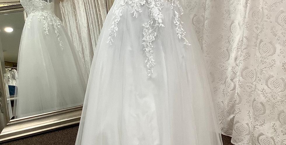 9318, LL Design 904 size 16 Diamond White