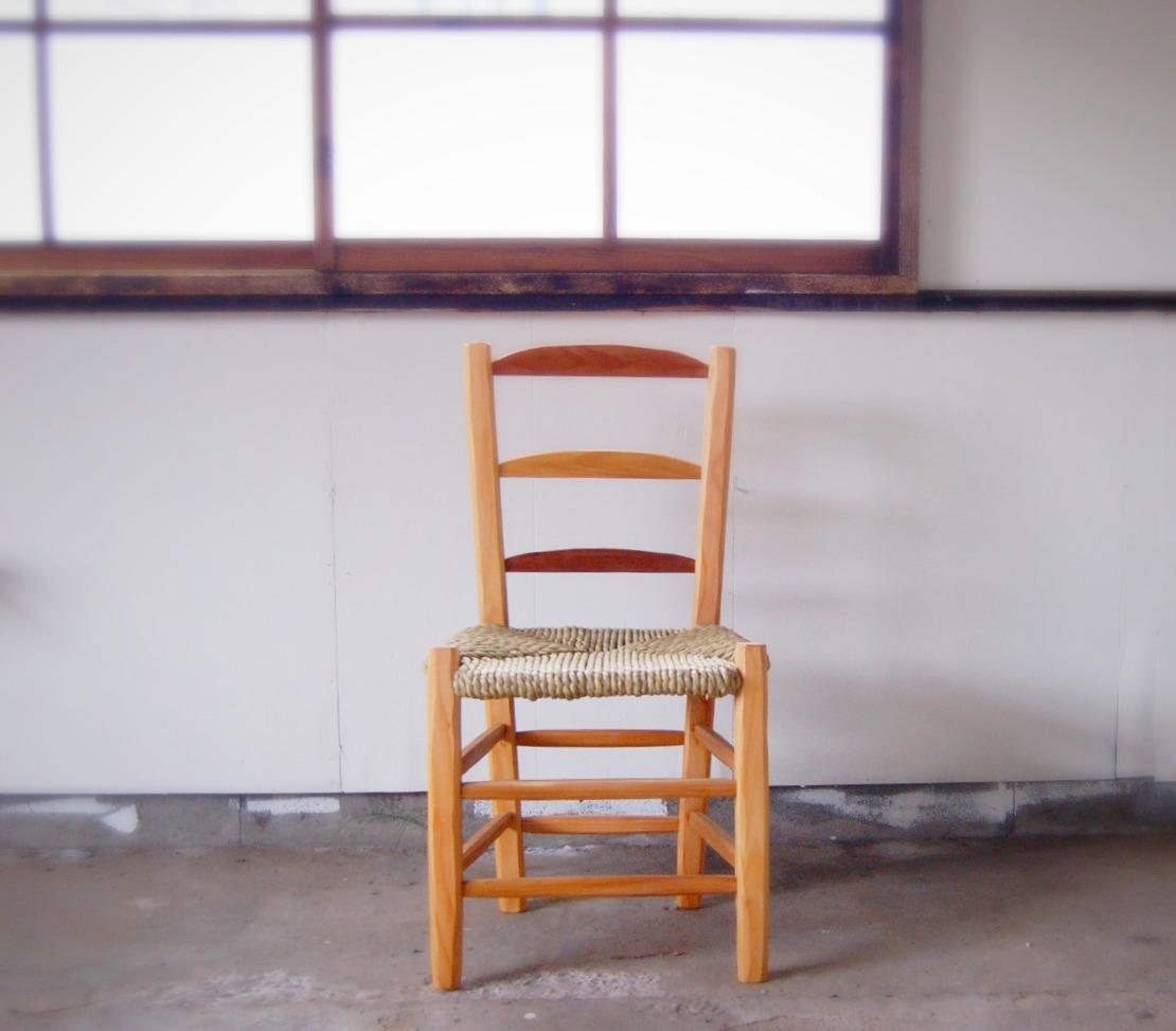い草編みの椅子