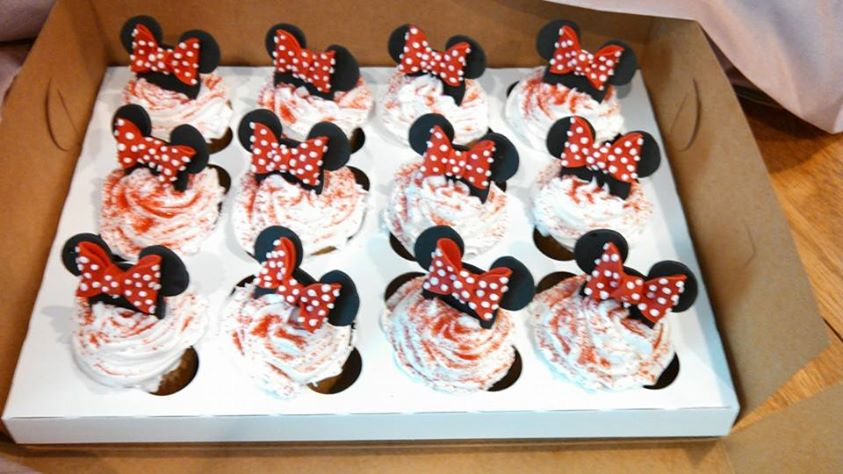 Minnie Mouse ears & bows