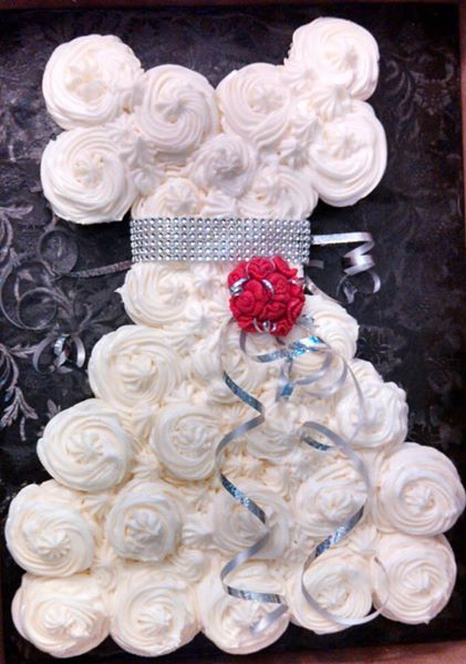 Wedding Dress cupcake cake