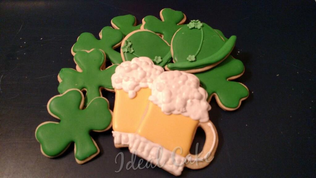 St. Patrick's, beer, shamrock & hats