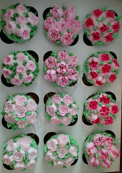 Rose & Tulips Tea Bouquets