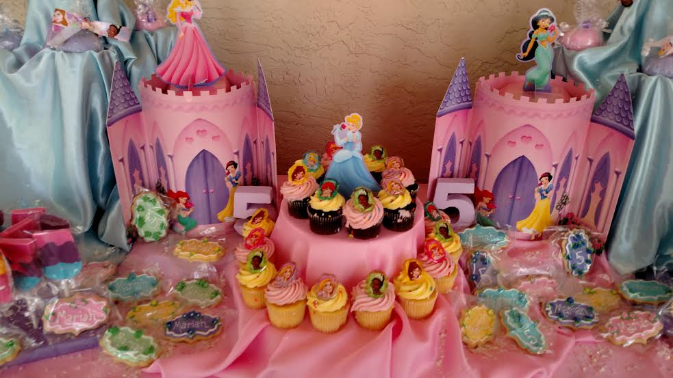 Princess cupcakes & display