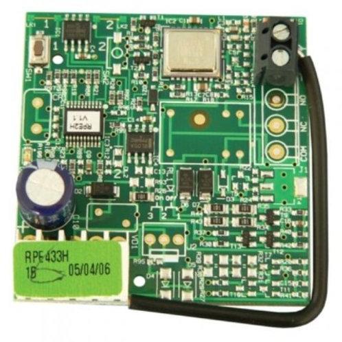 Радиоприемник 2-канальный встраиваемый в разъем RP 433 МГц  память на 250 пульт
