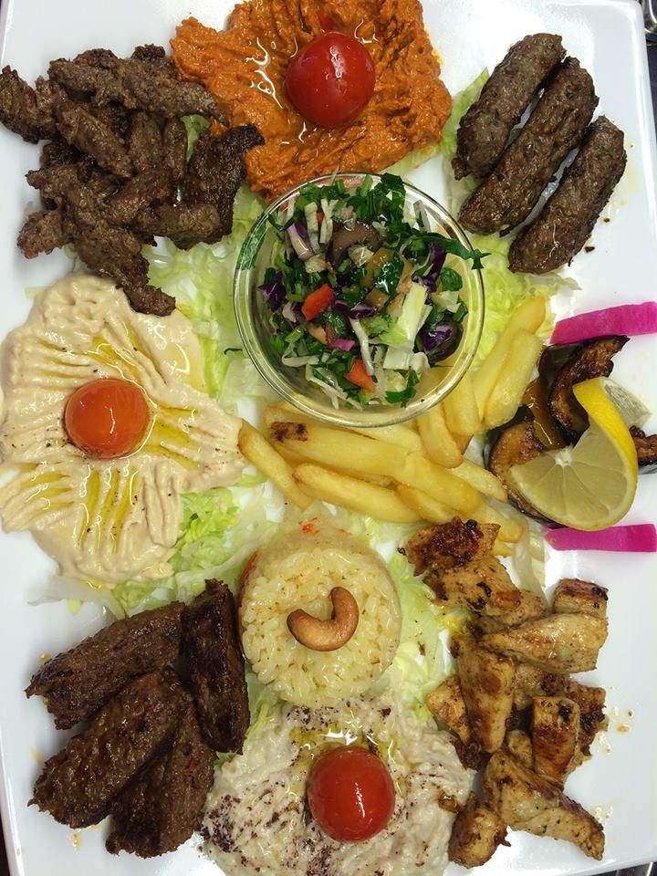 Mezze Spezial Platte mit Fleisch
