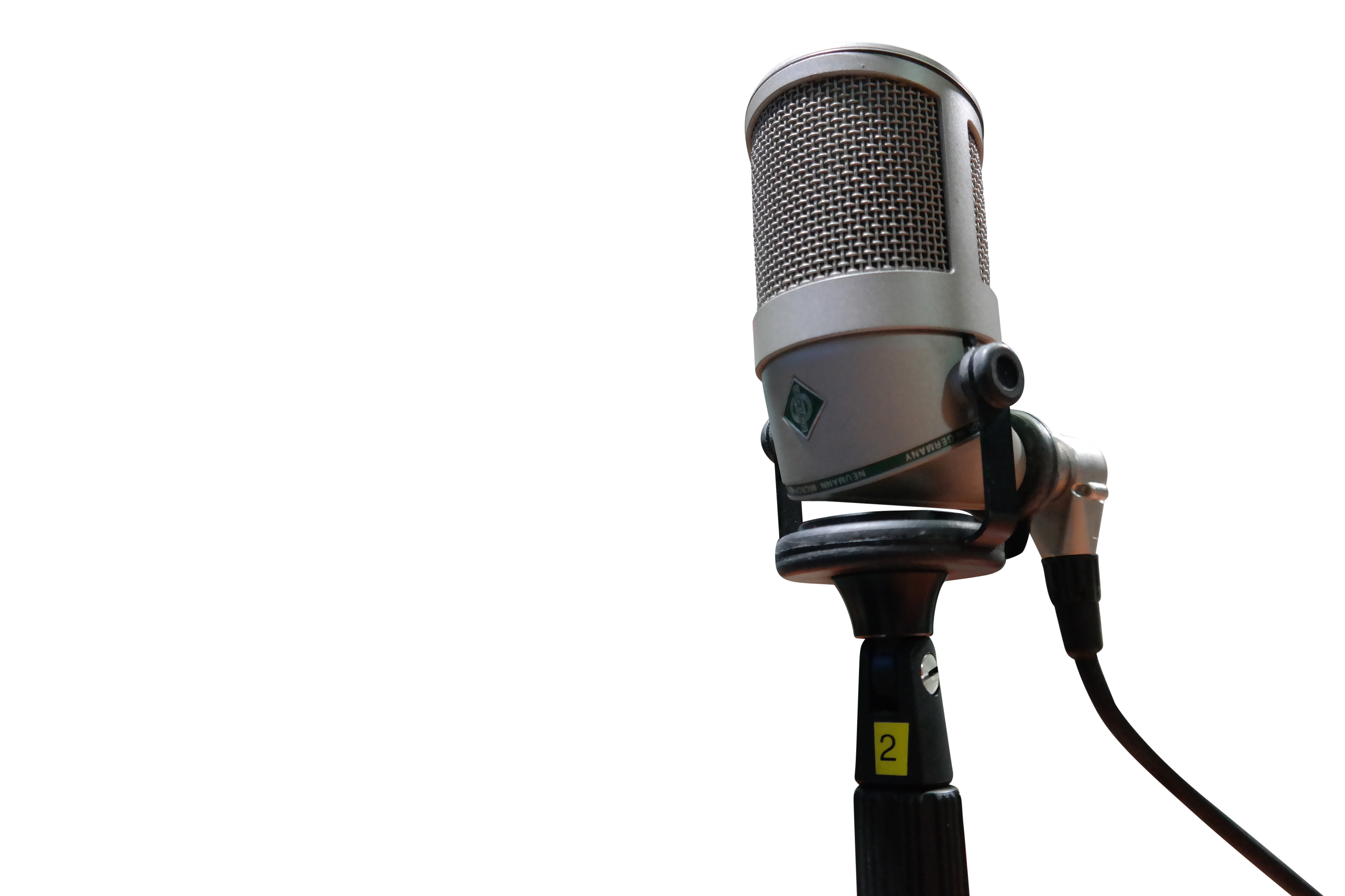 microphone-1562354_Clip
