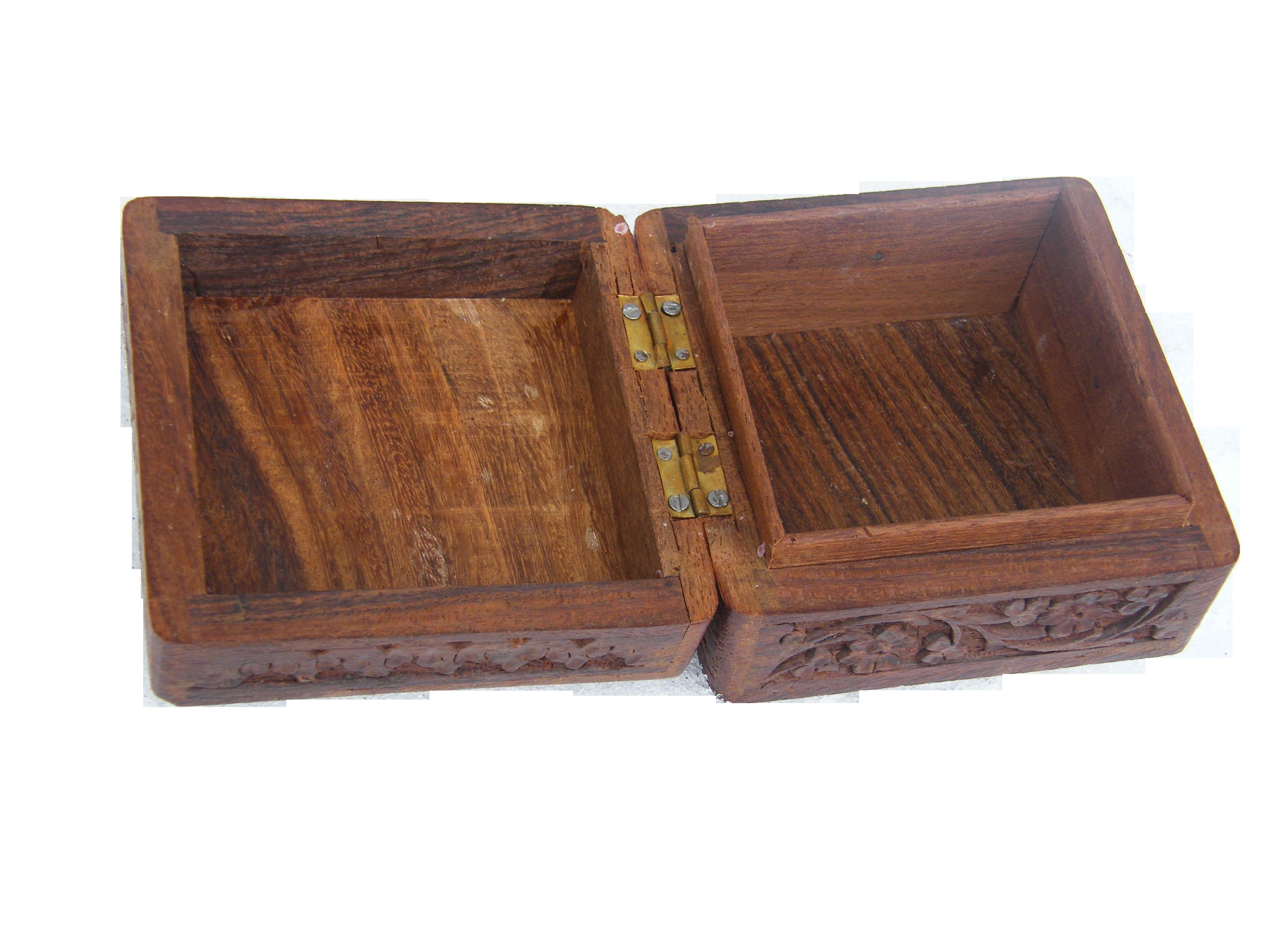 box-242378_Clip