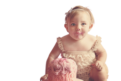 first-birthday-1073575_Clip
