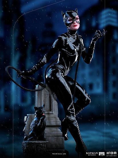 IRON STUDIOS - Catwoman 1/10 Licensed Statue | Batman Returns