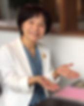 白スーツ.jpg