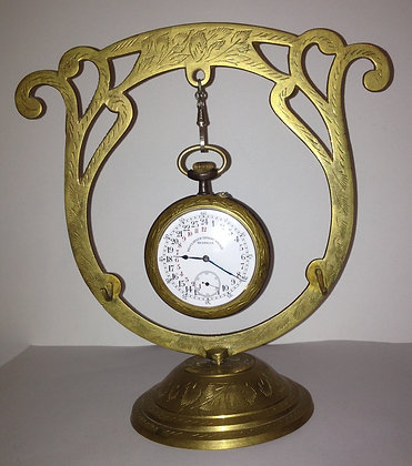 Pocket watch holder for regulateur