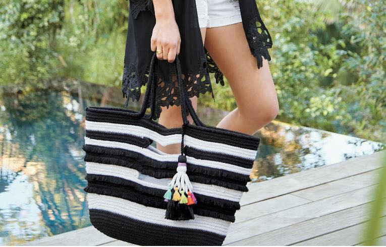 love love love. A pop of colour as well as the cool black & white.