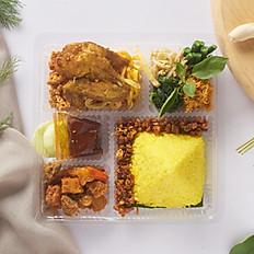 Nasi Kotak Kuning Seruni