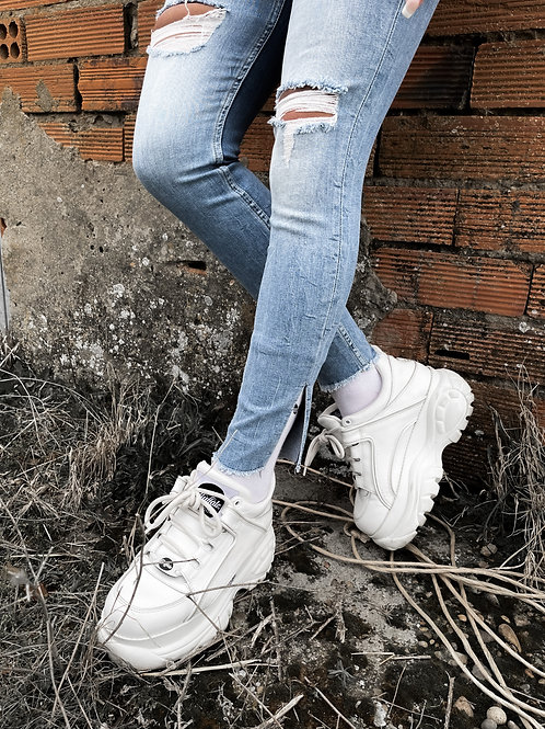 Jeans aberturas con rotos