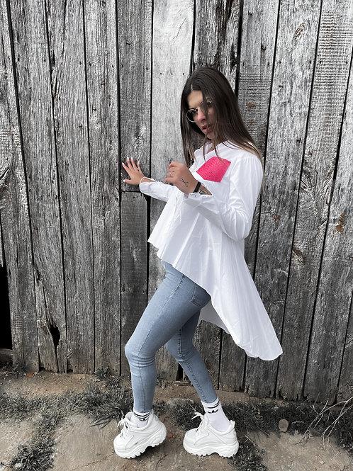 Camisa blanca asimétrica