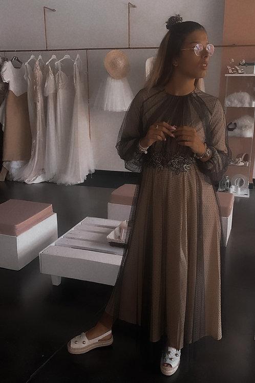 Vestido tul aplique