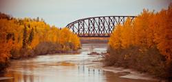 alaska-fall-bridge