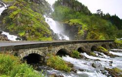 alaska-bridge3