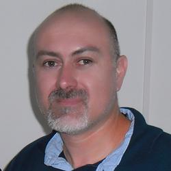 Roberto Camacho