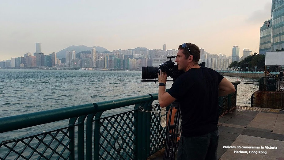 cameraman in hong kong using varciam 35