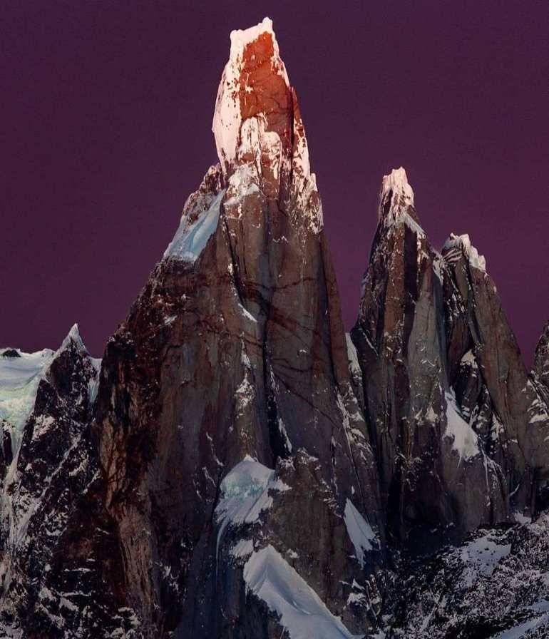 Cerro Torre, Argentina-Chile Border