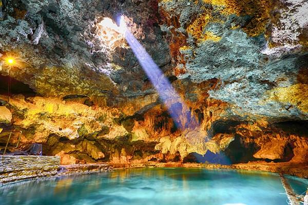 hot springs western canada