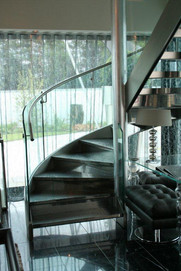 Spiral stair - Leather treads