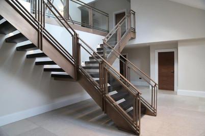 Bronze stair - Open riser