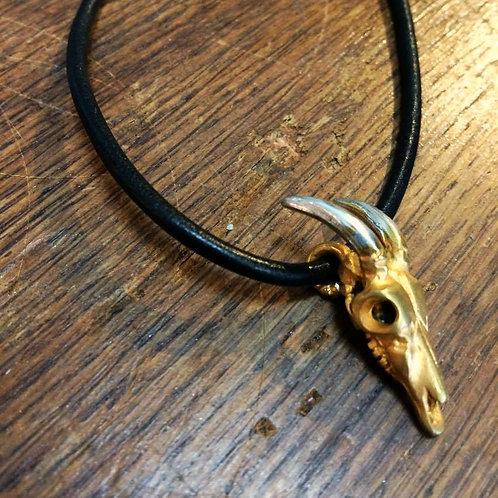 18 Carat Gold Gilt Deer Skull Pendant
