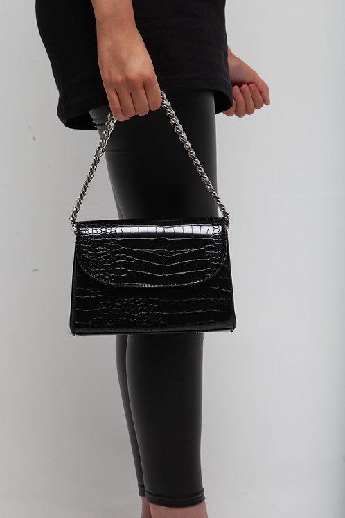Croc chain detail box bag
