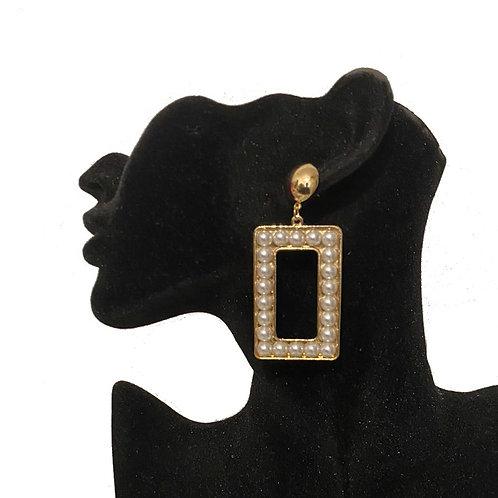 Rectangle beaded pearl earrings