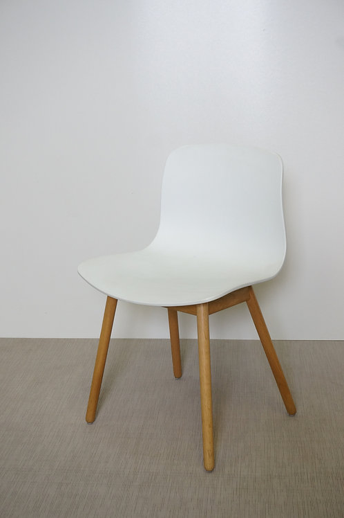 Krzesło Hay AAC 12