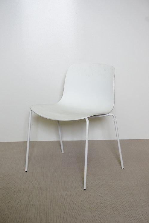 Krzesło Hay AAC 16