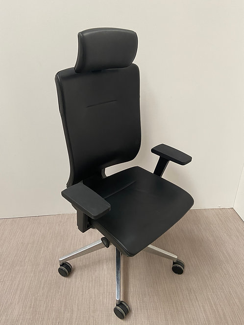 Fotel Profim Xenon
