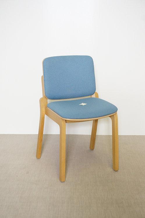 Krzesło Paged  A-Hip