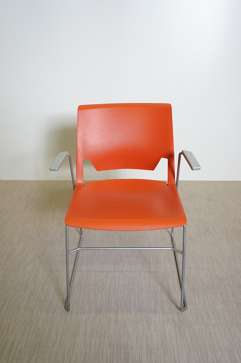 Krzesło Haworth Very Wire Stacker Chair With Arms 6243
