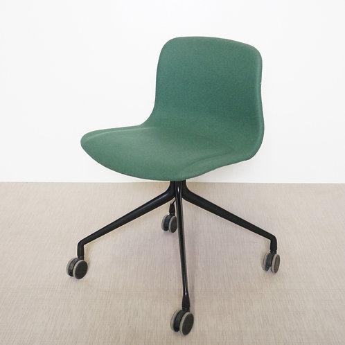 Krzesło Hay AAC 15 BLACK POWDER COATED ALUMINIUM CANVAS 984