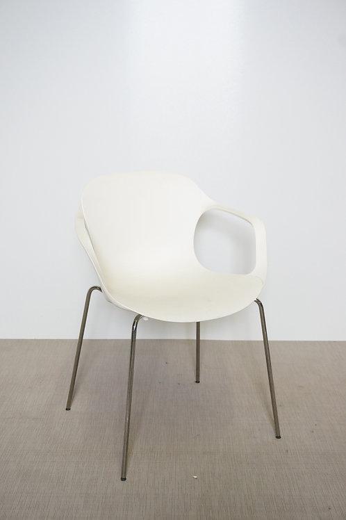 Krzesło Fritz Hansen Nap
